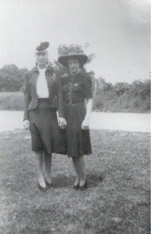 Diane Irene Maddox and Suzie Maddox on John Napoleon's farm, circa 1940.