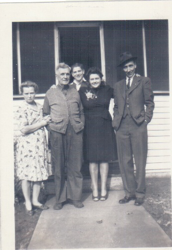 John Napoleon and Suzie Maddox with their children
